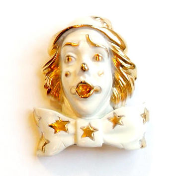 Vintage White Enamel Clown Brooch - Shocked Shook - Gasping Gasp - Horror Terror Odd Bizarre - 1980s 80s - Broach Pin - Singing Clown