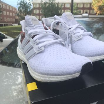 mi adidas ultra boost rainbow Sz 9 Triple White Multicolor