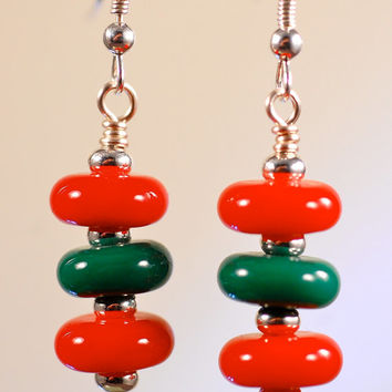sale xmas earrings handmade lampwork glass and sterling silver fashion earrings red and green hostess gifts under 25 gifts for women