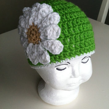 Baby girl hat, daisy baby hat, crochet beanie, baby girl photo prop, green with daisy flower, flower baby hat,