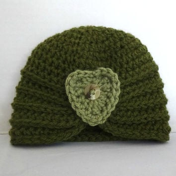 Crochet Baby Turban, Baby Hat 3 Months, Green Baby Turban, Heart and Button Baby Hat