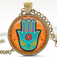 Hamsa Hand Necklace, Hamsa Jewelry, Good Luck Charm Charm, Protection Pendant (1162)
