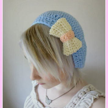 Light Blue Beret with Kawaii White and Pink Bow