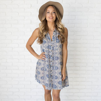 Round We Go Print Shift Dress