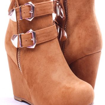 TAN FAUX SUEDE ANKLE BOOTIES 2 BUCKLE ACCENTS