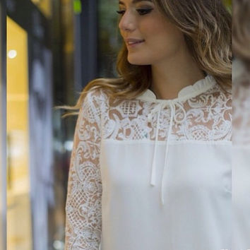 Winter White Lace Patchwork Long Sleeve Tops [8998742340]