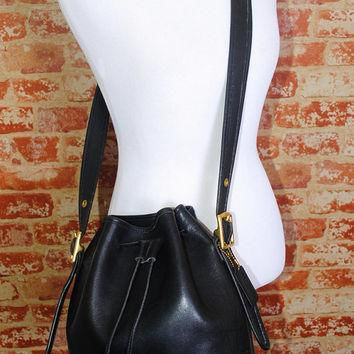 Vintage 1990s COACH Black LEATHER Lula Crossbody oversized drawstring BUCKET satchel S
