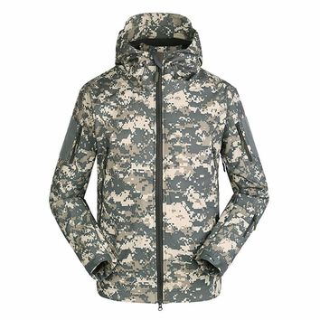 Military Tactical Men Jacket Shark Skin Soft Shell Waterproof Windproof Windbreaker Jacket Wear Resisting Keep Warm Coat Male