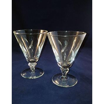 Crystal Etched Flutes / Coupes S/2