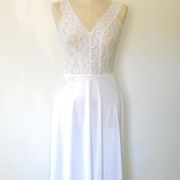 White floral lace elegant slip dress / semi sheer / scallop edge / wide strap / vintage / 1960s / stretchy / midi length / lace bow dress