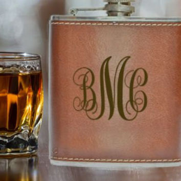Groomsmen Gifts, Personalized Flasks, Best Man Gift Father of the Bride Gift Father of the Groom Gift Wedding Party Gift Leather Hip Flask