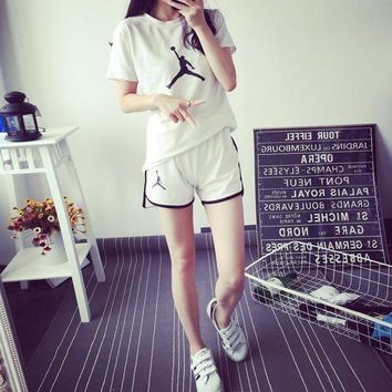 ONETOW JORDAN' Women Sport Casual Pattern Print Short Sleeve Shorts Set Two-Piece Sportswear