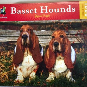 Basset Hounds 1000pc Puzzle 19 5/8 x 29 1/2