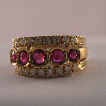 Vintage 18k Yellow Gold Ruby - Rubies and Diamonds Band  Ring- Engagement Ring - Gift for Her - Anniversary - Wedding - Valentine's Day