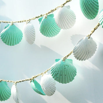 Seashell Garland Beach Wedding Decoration, Mint Green and White Sea Shell Bunting, Shabby Chic Coastal Cottage Home Decor