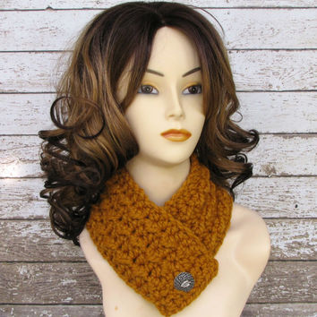 Wool Blend Women's Butterscotch Chunky Scarf, Ladies Mustard Yellow Cowl, Crocheted Scarf, Teen Winter Scarf