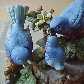 Fashionisto Montrose No Cost To Send vintage Porcelain Bluebirds Figurine Mint blue birds