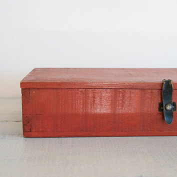 Vintage Red Painted Wood Handmade Box - Dovetailed Primitive Box with Leather Closure