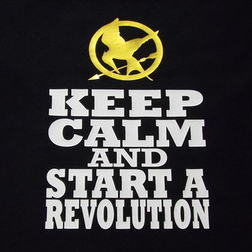 Hunger Games - Keep Calm and Start a Revolution TShirt