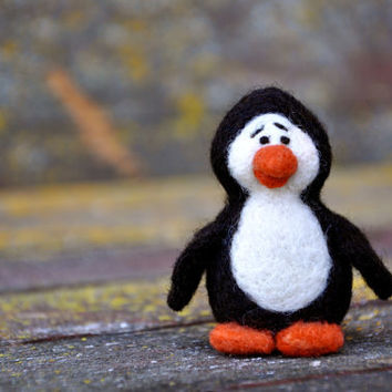 DIY - Penguin Needle Felting Kit - w/out needles and cushion