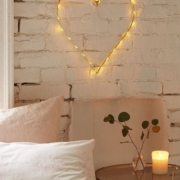 Heart Light Sculpture | Urban Outfitters