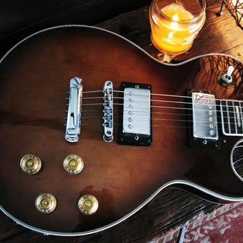 Jimmy Page would love this.....1968 Empro low serial number Walnut Burst Les paul guitar with 1950s Alligator case
