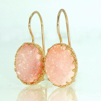 Blush Pink Druzy  Earrings, Bridesmaides Gift, Pink Wedding Jewelry, Oval Druzy Drop Earrings, Gold Earrings, Dangle Gemstones Earrings