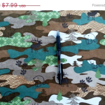 Camouflage Flannel fabric with bear deer elk paw print cotton quilt quilting sewing material to sew by the yard crafting project