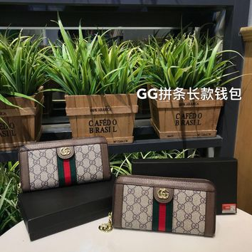 DCCK GUCCI GG Marmont series wallets are made of leather and retro metal hardware