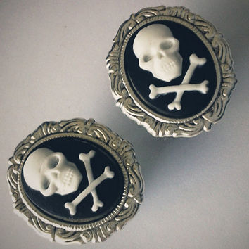 1/2 inch 13mm Plugs Jolly Roger Gothic Cameo Rococo by Glamsquared