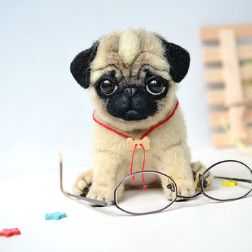 Needle felted pug puppy. Funny cute dog. Realistic animal. Sweet gift. Small toy. Newborn puppy.