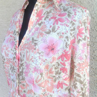 Women's Ann Taylor Loft medium floral blouse - Three button v neck - two button cuffs - flower pattern pink, orange, flowers