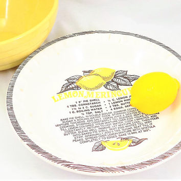 Lemon Meringue Pie Plate, Ceramic Pottery, Made in USA, Recipe for Pie, Vintage Baking