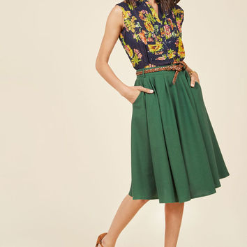 Breathtaking Tiger Lilies Midi Skirt in Black