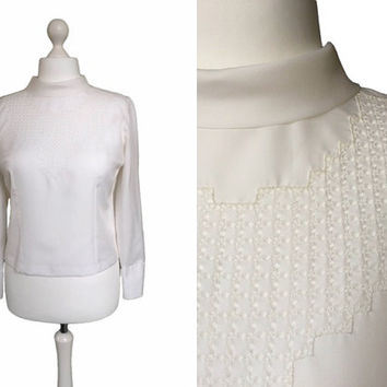 1960's Blouse - 60' Blouse - Mod Chic - Creamy White - Long Sleeve Button Back Blouse