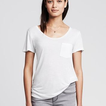 Banana Republic Womens Drapey Pocket Tee