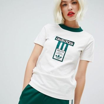 adidas Originals Boxy T-Shirt With Vintage Logo In White