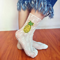 New thin section of the grid broken hole socks sexy tube embroidery women socks socks pearl fashion pile socks stockings socks