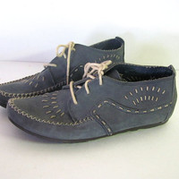 Vintage blue lace up leather moccasins ankle booties // womens size 8 W