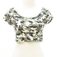 Army print camouflage short sleeve crop top