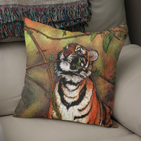 «Baby tiger is playing», Numbered Edition Coussin by Savousepate - From 25€ - Curioos