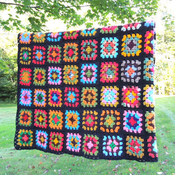 "Beautiful vintage crochet afghan throw blanket - Colorful granny squares black border - Multicolored crochet blanket afghan throw 65"" x 43"""