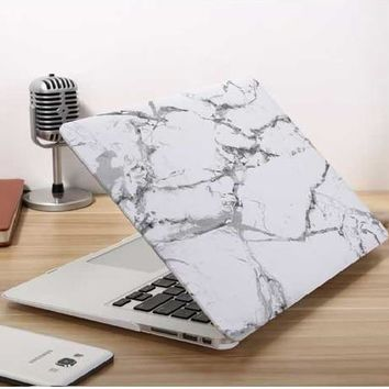 Marble Stone Design MacBook Case with Keyboard Cover & Dust Plugs