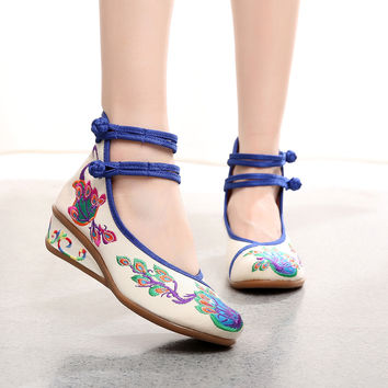 Women Peacock Shoes High Heels Dancing Ballerinas Shoes Lace-up Chinese Embroidery Shoes 2016 Round Toe Wedge Pumps High Heels