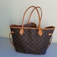 ICIK7H8 Louis Vuitton Monogram Canvas Neverfull MM Brown Tote Bag
