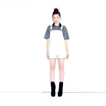 ADORABLE SUSPENDER OVERALLS // womens overalls, overall shorts, beige creme khaki, elastic straps, onsie jumper, 90s clothing / small medium