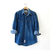 vintage denim jean shirt. pearl snap button down shirt. western boyfriend shirt