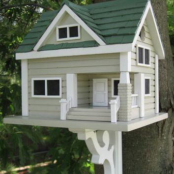 Bungalow Birdhouse - Grey with Green Roof