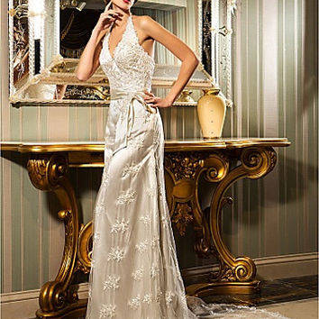 Sheath/Column Halter Court Train Lace And Stretch Satin Wedding Dress (632805)