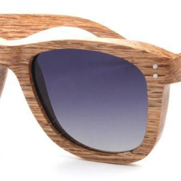 Beige wood frame with Gradient-gray polarized lens